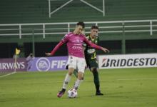 Fútbol: Defensa y Justicia cerró la fase de grupos con un empate y un arbitraje histórico