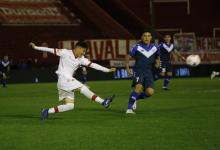 Fútbol: Huracán y Vélez repartieron puntos en Parque Patricios