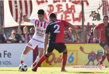 El paranaense Gastón Comassufrió una seria lesión y el lunes será operado