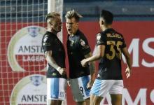Fútbol: con aporte entrerriano, Racing ganó en Montevideo y pasó a octavos de final