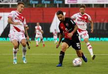 """Fútbol: Newell's y Unión empataron sin goles en el debut del """"Mono"""" Burgos"""