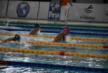 Julia Sebastián y Virginia Bardach sumaron dos oros en el Sudamericano de Natación