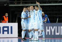 Futsal: Argentina logró un histórico triunfo ante Brasil y buscará el bicampeonato mundial