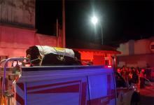 El féretro del intendente de Gualeguay fue trasladado por un unidad de los Bomberos Voluntarios.