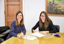 Fernanda Raverta y Elizabeth Gómez Alcorta