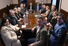 Fernández con senadores