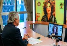 El Jefe de Estado junto a Dina Siegel Vann