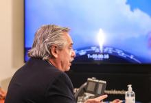 Alberto Fernández durante el lanzamiento del Saocom 1B