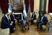 La delegación del FMI, encabezada por la directora adjunta del Departamento del Hemisferio Occidental, Julie Kozack, y el jefe de la misión para Argentina, Luis Cubeddu, arribó al país el lunes pasado y permanecerá al menos una semana más.