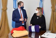 El gobernador Gustavo Bordet evaluó junto a la ministra de Desarrollo Social, Marisa Paira, el desarrollo del programa Cobijar.