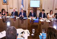 El Presidente Alberto Fernández reunido con parte de su gabinete de gobierno.