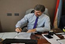 Ángel Giano firma acuerdo con Museo del Holocausto