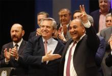 Alberto Fernández en el acto de asunción del gobernador tucumano, Juan Manzur.