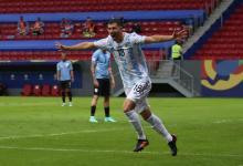 Argentina ganó el clásico rioplatense y logró su primera victoria en esta Copa América