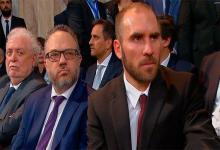 El ministro de Salud, Gines González García; el titular de la cartera de Producción, Matías Kulfas y en primer plano el ministro de Economía, Martín Guzmán.