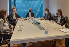 Martín Guzmán con representantes del FMI