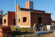 Con recursos provinciales progresa la ejecución de más de 230 viviendas en ocho localidades.