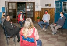 Giano con dirigentes del Club Ferrocarril de Concordia