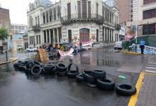 protesta contratados Municipalidad de Paraná (Foto: ANALISIS)