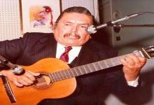 Homenaje a Linares Cardozo