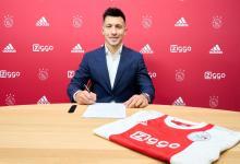 El gualeyo Lisandro Martínez renovó su contrato con Ajax