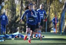 Fútbol: citaron a la paranaense Loana Bernhard a la selección argentina sub 20