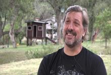 Tras retirarse en Sionista, Osella se alejó del básquet y se mudó a las sierras de Córdoba