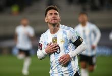 Con tres goles de Messi, Argentina venció a Bolivia en la vuelta del público a la cancha