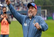 La Copa en disputa pasó a llamarse Diego Armando Maradona