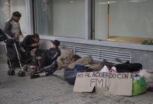 """El investigador del Observatorio de la Deuda Social Argentina de la UCA, Eduardo Donza, estimó que hubo un aumento en la pobreza dado que se encuentra en """"valores cercanos al 35 por ciento""""."""