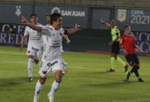 Colón de Santa Fe venció a Independiente y el viernes irá por su primer título en Primera