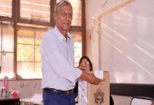 """El intendente radical de la ciudad de Neuquén y candidato a senador nacional, Horacio """"Pechi"""" Quiroga, tenía 65 años y estaba esperando un trasplante pulmonar. Falleció en su casa esta madrugada."""