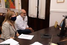 La ministra de Gobierno y Justicia, Rosario Romero, encabezó la entrega de aportes de los programas 1.000 Evitas a Juntas de Gobierno y comunas con una inversión de 12 millones de pesos.