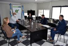 El viernes se reunieron autoridades del área de Salud de la provincia con representantes de la UCR e integrantes del equipo de salud del centenario partido.