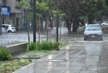 En Santa Fe hay diez familias evacuadas a raíz de la tormenta, además de muchas calles anegadas.