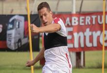 El entrerriano Nicolás Silva será baja en Huracán por ser caso sospechoso de Covid-19