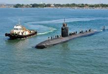 El submarino USS Greeneville (SSN 772) es escoltado en Filipinas.