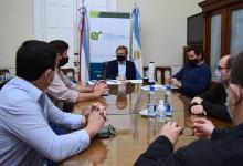Reunión entre los directivos de la Cámara Entrerriana de Turismo y el ministro de Producción, Turismo y Desarrollo de la provincia, Juan José Bahillo.