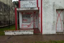 Violentaron con pintadas la sede partidaria de Intransigencia Popular de Urdinarrain