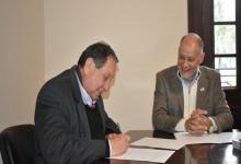 Se firmó el convenio entre UNER y AFMER