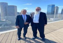 """Urribarri y Elsztain, dialogaron en Tel Aviv sobre la """"relación bilateral"""" entre Argentina e Israel y el intercambio en áreas como """"agronegocios y ciencia y tecnología""""."""