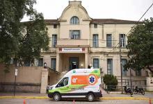 El hospital Centenario informó que no tiene más camas en la UTI.