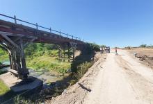 Autoridades de Vialidad recorrieron la zona del puente sobre el arroyo La Jacinta, en la Ruta Provincial N° 15, Departamento Gualeguay.
