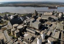 Vista aérea de la planta de la argentina Vicentin, ubicada sobre el río Paraná, en la provincia de Santa Fe.