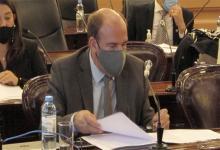 El presidente del interbloque de Juntos por el Cambio, Esteban Vitor, lamentó la falta de respuestas de la ministra de Salud de la provincia.