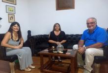 Carolina Gaillard, Carla Cusimano y Miguel Cullen