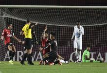 Copa Sudamericana: Colón de Santa Fe goleó para ser semifinalista